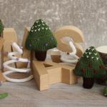 Tres técnicas distintas para tejer un árbol de navidad