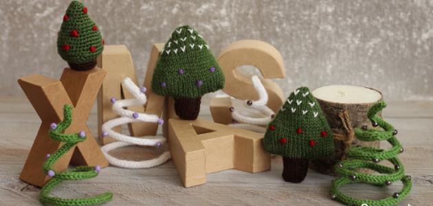 3 formas distintas de tejer un árbol de navidad