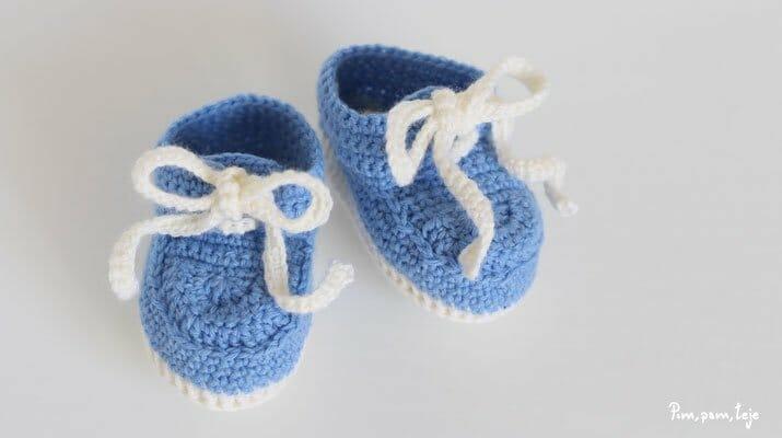 Cómo tejer unos mocasines de ganchillo para bebé