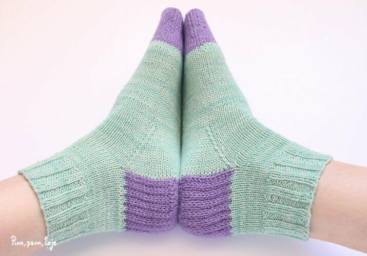 Patrón calcetines básicos
