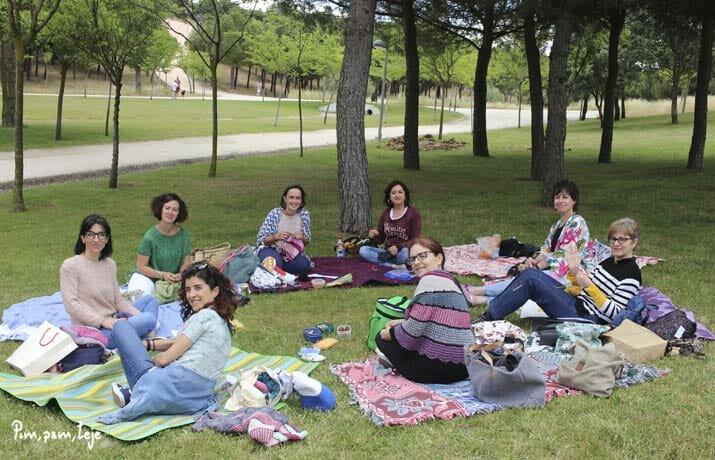 Día mundial de tejer en público